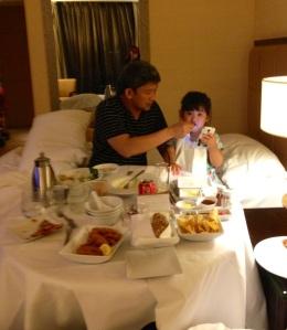 Daddy feeds Rocio